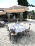 Pour les mariages, le vin d honneur peut être servi en terrasse.
