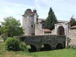 Le domaine de la Galissonnière date du XIVème siècle. Vous pourrez admirer la tour du Château et les remparts qui restent d époque.