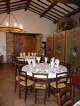Le caveau ste Marguerite est une salle de 50 m² pouvant accueillir 50 personnes en repas assis et 70 personnes debouts.