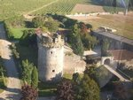 Dans ce domaine viticole nous y exerçons 3 activités:  Chambres d hôtes, Salle de réception,Visite de domaine.